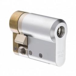 Semicilindru Protec2, HARD (carcasa otel) 11x33mm, bara otel antirupere, finisaj Satin Chrome